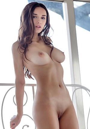 Nude pics of perfect girls